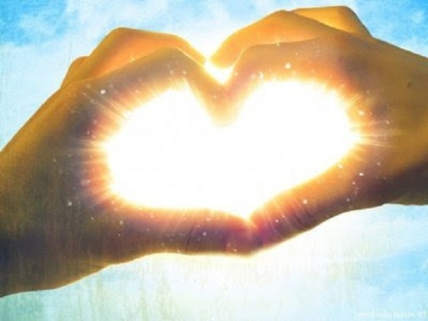 heart-peace-hand-heart-light-moving-overseas-guide-com
